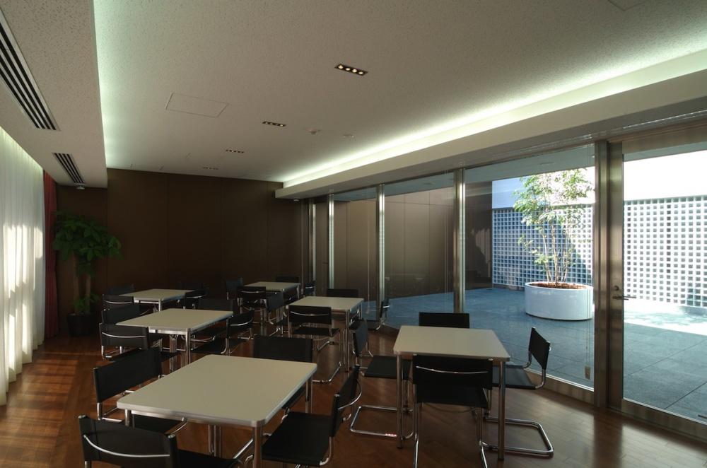 企業本社オフィスビル本社建物-25-サロン厚生室2