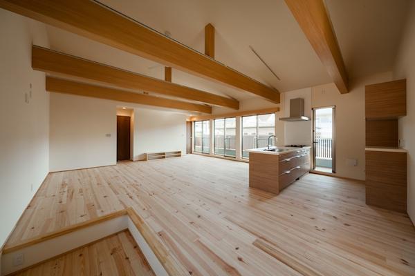 横浜西谷の二世帯住宅06-リビング-