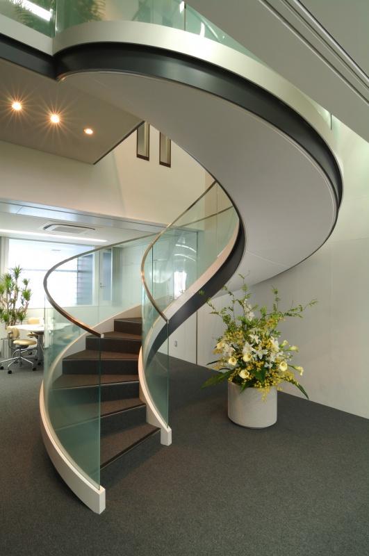 企業本社オフィスビル本社建物-33-らせん階段執務室