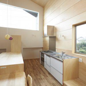 キッチン,テーブルと連続する作業台