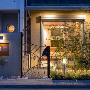 世田谷区赤堤の集合住宅+オーナー邸&ミニギャラリー