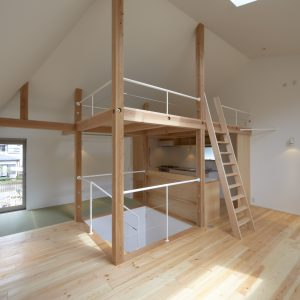 松庵の家~延床21坪旗竿敷地の小さな家