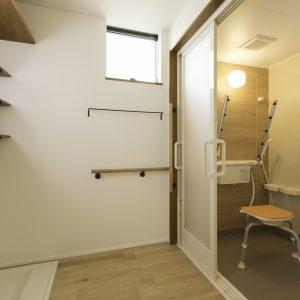 瓜破の家 浴室