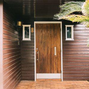 旧家屋の玄関