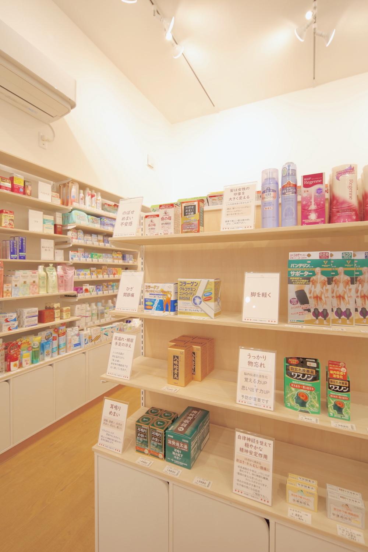 調剤薬局内装インテリア設計図商品陳列棚