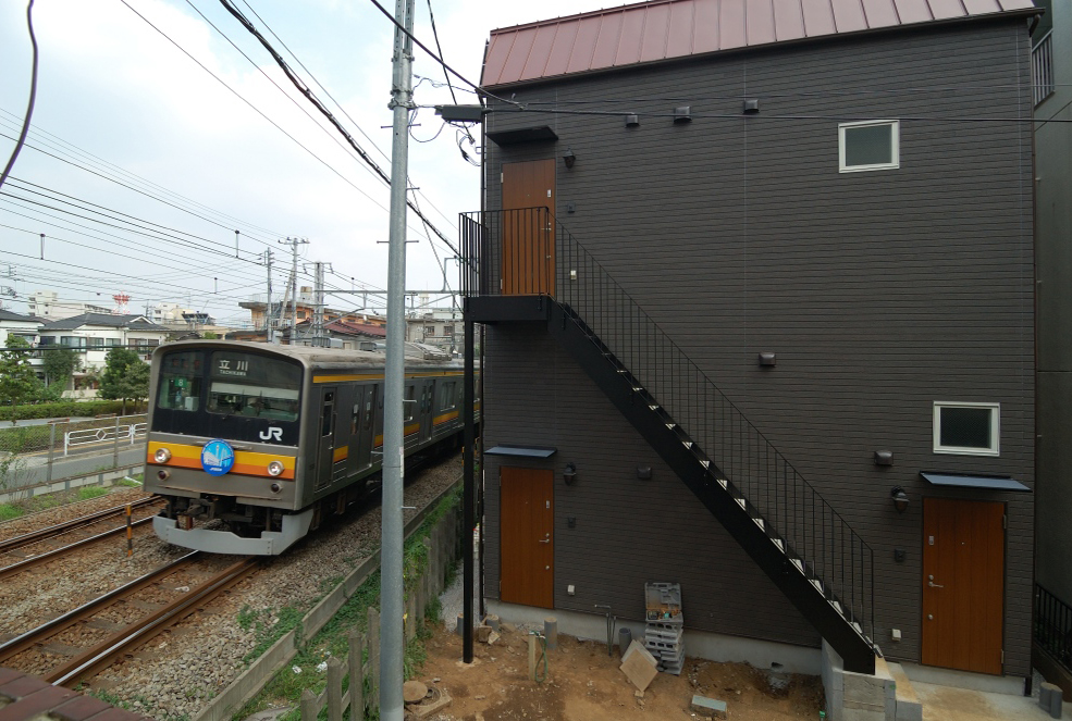 電車の振動と騒音防音対策