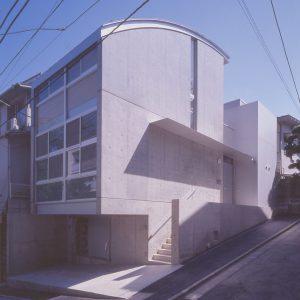pf-House『音楽スタジオのある都心の住宅』